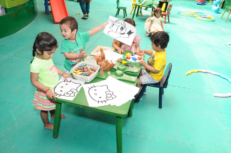 Best Day Care and Creche in Noida